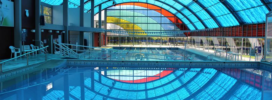Interior do Parque Aquático (Piscinas Média e Semi olímpica).